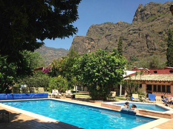 La Buena Vibra Retreat & Spa: Alberca