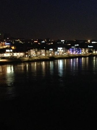 Fish Fixe : View over Douro river