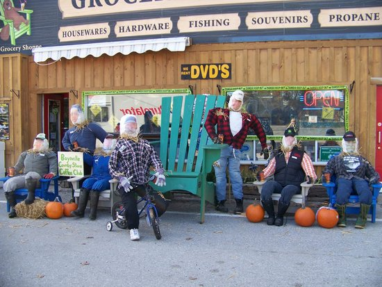 Baysville Country Store: Scarecrow contest winners