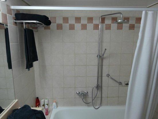 The Diaghilev, LIVE ART Suites Hotel: Ванная