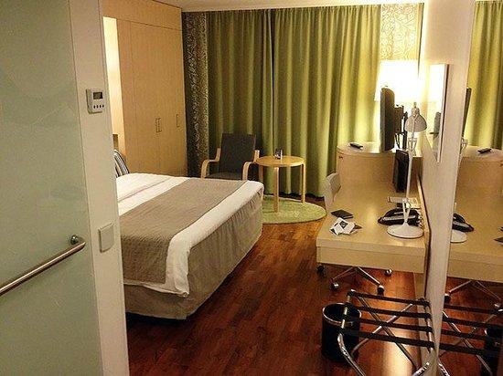 Hilton Helsinki Airport: Room