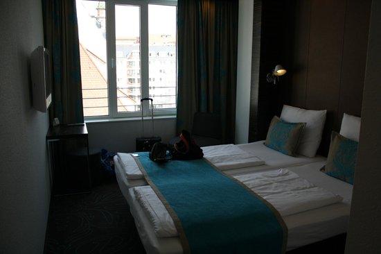 Motel One Leipzig-Nikolaikirche : Zimmer