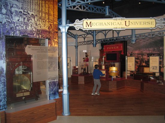 Morris Museum : Mechanical Universe