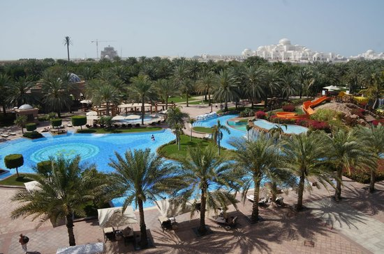 Emirates Palace : Family pool
