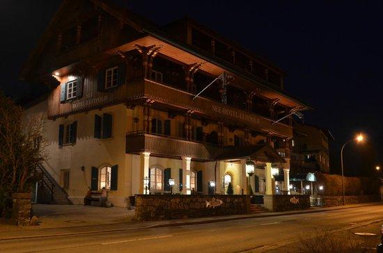 Seehotel Luitpold: Außenansicht vom hoteleigenen Parkplatz aus