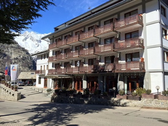 Hotel Cresta et Duc : Welcome!