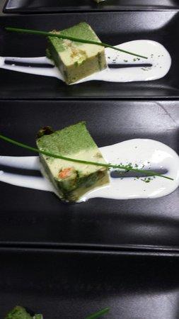 International Restaurant: Mus de espinacas y bogavante