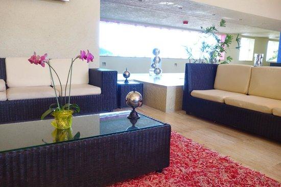Club Regina Cancun: Hotel Lobby