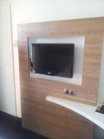 Best Western Hotel Prince De Galles: Tv