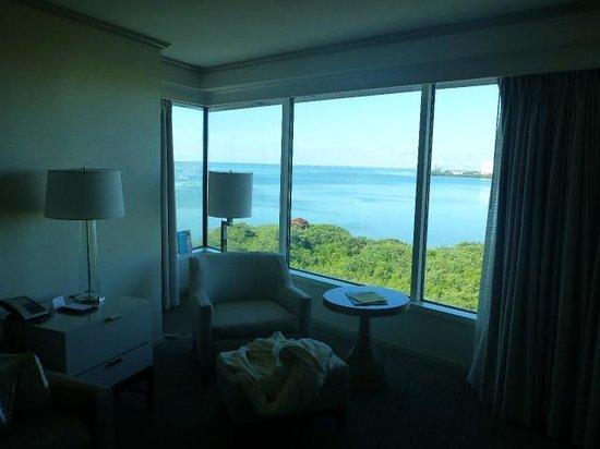 Grand Hyatt Tampa Bay: Living room area