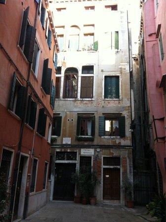 B&B Palazzo Minelli : Palazzina del b&b