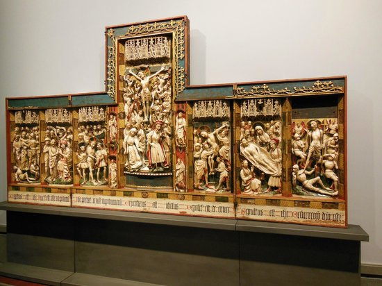 Museo Nazionale di Capodimonte: UN BASSORILIEVO