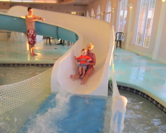 Wintergreen Resort & Conference Center: Coming down the slide!