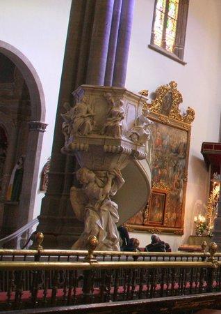 Santa Iglesia Cathedral : Kanzel