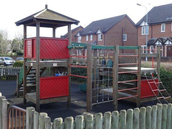 The Olde Barbridge Inn: Children's play area