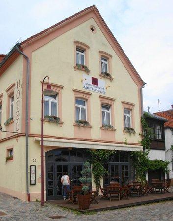 Ludwigs: Außenansicht Hotel