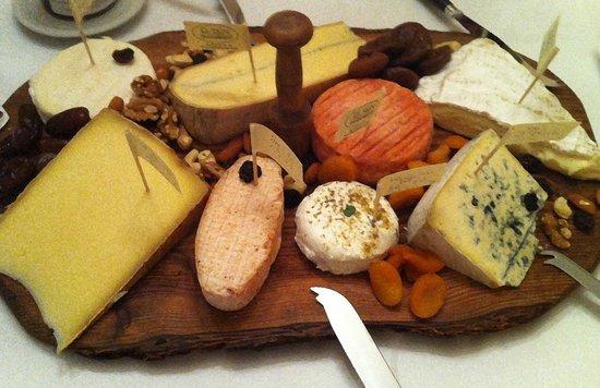 Tussen Kunst en Konfituur : Kaas uit dé kaaswinkel van Leuven, vers van het mes, heerlijk