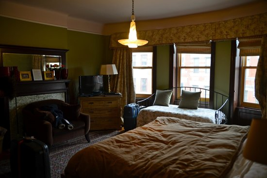 Sugar Hill Harlem Inn: Big Mama's Room