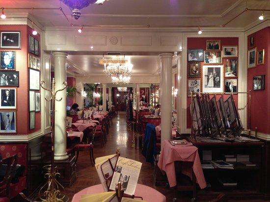 Café Sacher Salzburg: Ambiente