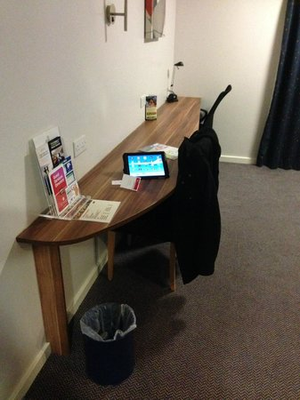 Ramada London Stansted Airport: The Work-Space / Desk Area