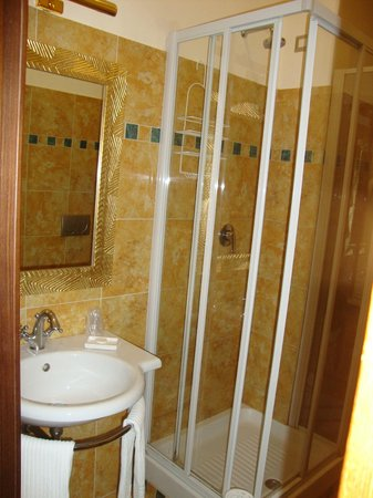 Beau Site - Antica Residenza : Badezimmer