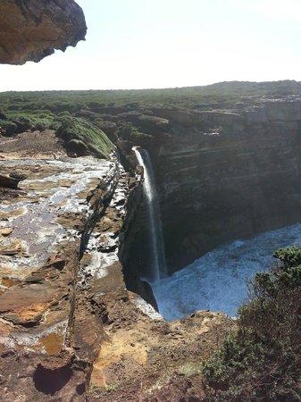 Sydney Coast Walks - Day Walks : Beautiful waterfalls
