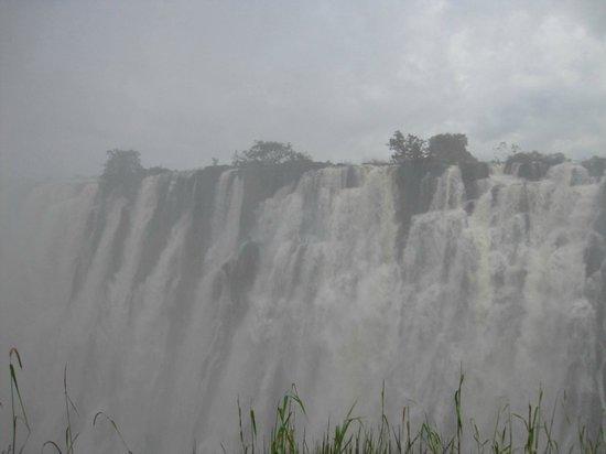 Sanctuary Chobe Chilwero: Victoria Falls...(A MUST visit)