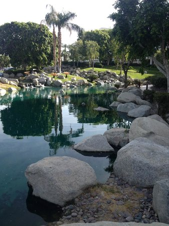 JW Marriott Desert Springs Resort & Spa: Hotel Grounds