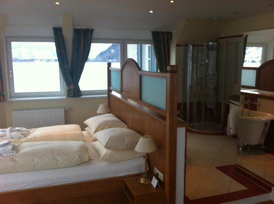 Grand Hotel Zell am See: room