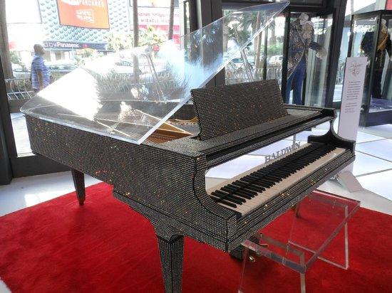 The Cosmopolitan Casino: Liberace's rinestone piano