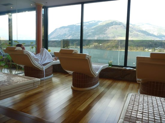 Spa picture of grand hotel zell am see zell am see for Designhotel zell am see
