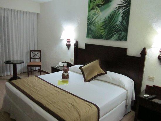 Hotel Riu Lupita : Habitación doble