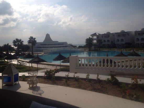 Golden Tulip Taj Sultan Resort: Hotel grounds