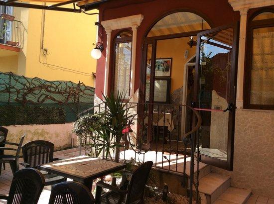 Pizzeria la Dalila : Sala giardino