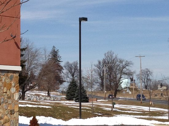Comfort Suites Gettysburg: View form Parking Lot