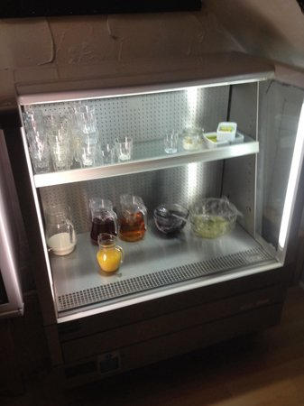 The Albany Hotel on Albert Road: Are new chiller to keep the fruit juice cold and grapefruit , prunes and fresh fruit salads , yo