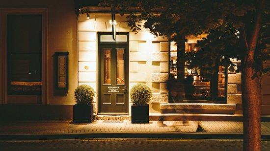 Eichardt's Private Hotel : Eichardt's famous Bar