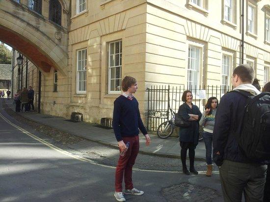 Footprints Tours Oxford: Footprints free 2 hour tour - amazing