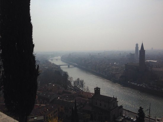 Da piazzale Castel San Pietro sull'Adige
