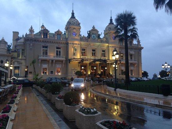Fairmont Monte Carlo: Casino de Monaco a 4 minutos andando