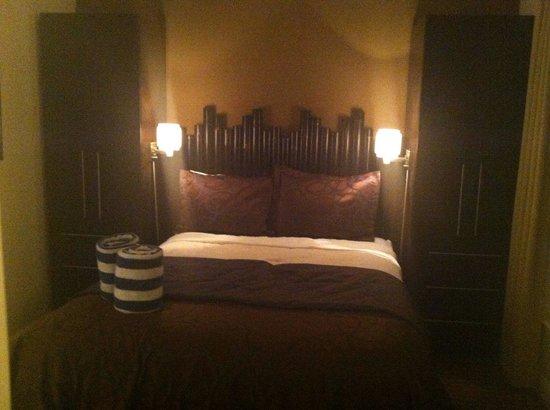 Beach Club at Siesta Key: Master bedroom