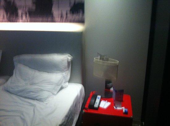 Tryp Lisboa Aeroporto: Room