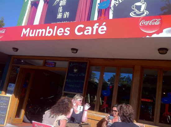 Mumbles Cafe: Home-Style delicious food at Mumbles