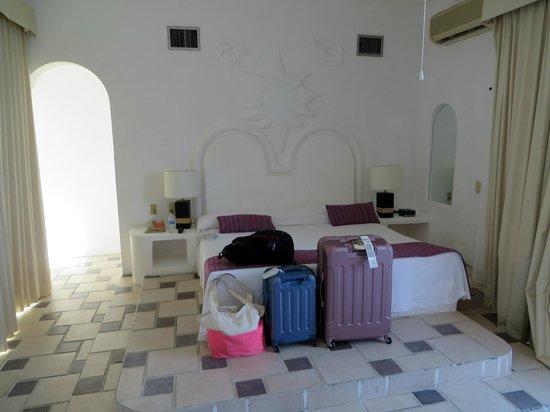 Mía Cancún: room 408
