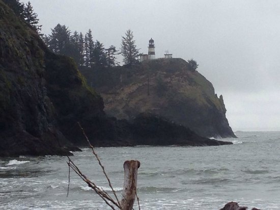 Cape Disappointment State Park: Looking across the Cape at light house