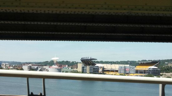 Heinz Field: heniz field from freeway