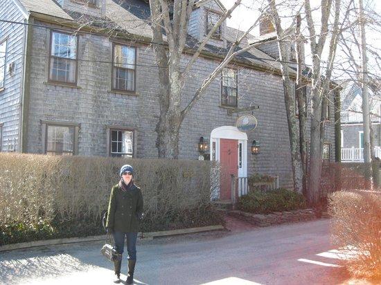 Seven Sea Street Inn: Front