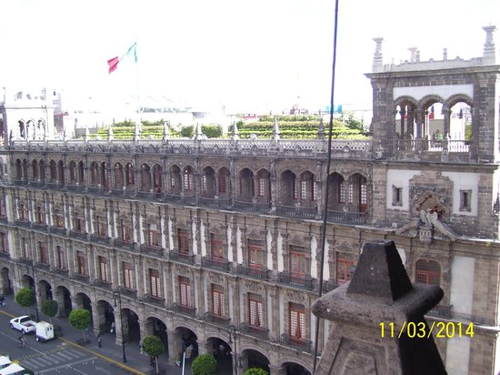 Gran Hotel Ciudad de Mexico: View from the restaurant on the top.