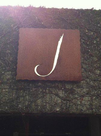 J Vineyards & Winery: J Vineyards