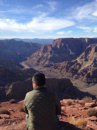 Grand Canyon Skywalk: Viendo el cañón